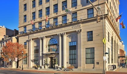 Exterior | Holiday Inn Express Baltimore Downtown