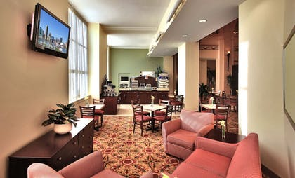 Lobby | Holiday Inn Express Baltimore Downtown