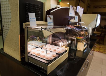 Breakfast buffet | Holiday Inn Express Baltimore Downtown
