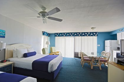 Guestroom | Shoreline Island Resort - Exclusively Adult