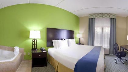 Guestroom | Holiday Inn Express & Suites Newport S