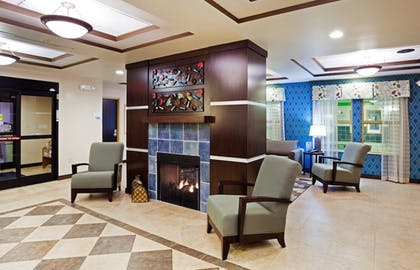 Hotel Interior | Holiday Inn Express & Suites Newport S