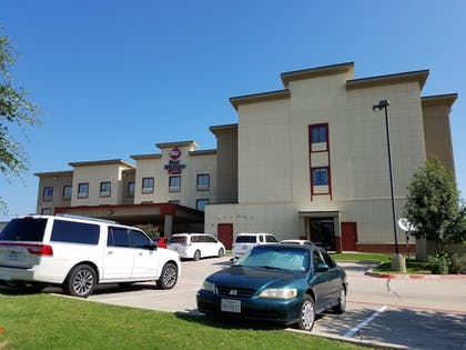 Hotel Front | Best Western Plus Texoma Hotel & Suites
