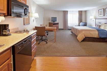 Guestroom | Candlewood Suites Roswell New Mexico