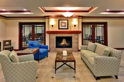 Lobby | Holiday Inn Express & Suites Dewitt (Syracuse)