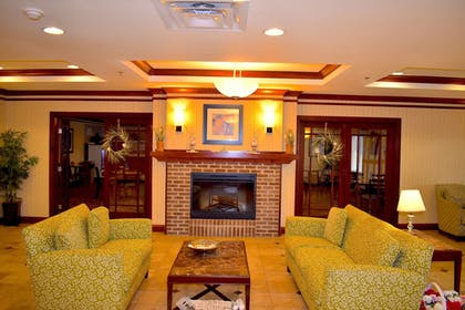 Hotel Interior | Holiday Inn Express & Suites Dewitt (Syracuse)