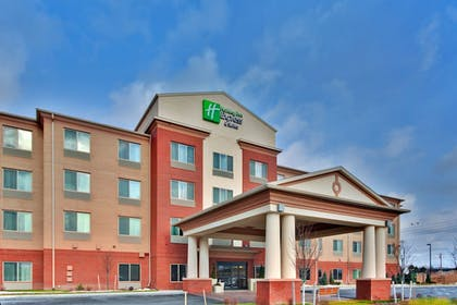 Featured Image | Holiday Inn Express & Suites Dewitt (Syracuse)