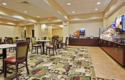 Restaurant | Holiday Inn Express Hotel and Suites Statesville