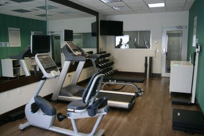 Fitness Facility | Holiday Inn Express Hotel & Suites Clute - Lake Jackson