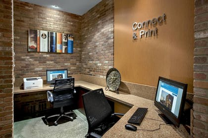 Business Center | Fairfield Inn & Suites Baltimore Downtown/Inner Harbor