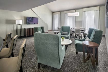 Room | Fairfield Inn & Suites Baltimore Downtown/Inner Harbor
