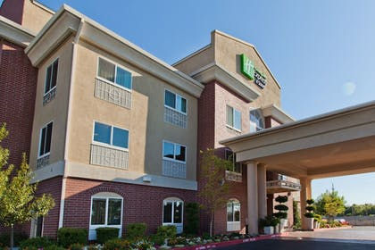 Featured Image | Holiday Inn Express Hotel & Suites Sacramento NE Cal Expo