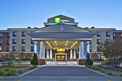 Featured Image | Holiday Inn Express Hotel & Suites ANDERSON NORTH