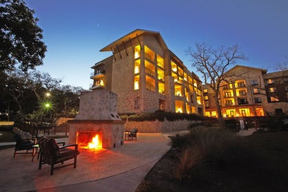 Terrace/Patio | Courtyard by Marriott New Braunfels River Village