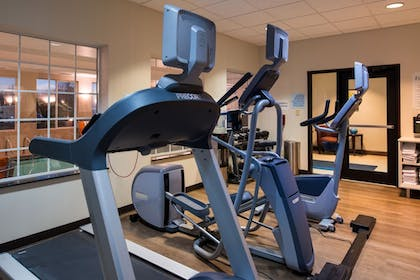Fitness Studio | Holiday Inn Express Hotel & Suites Pittsburg