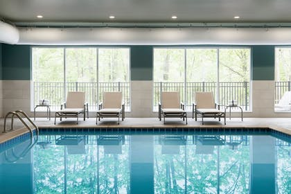 Pool | Holiday Inn Express & Suites Clear Spring
