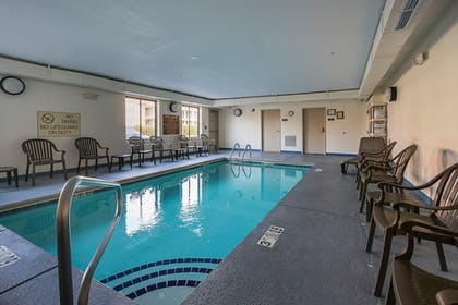 Pool | Sleep Inn And Suites Manchester