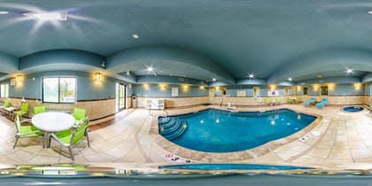 Pool | Holiday Inn Express & Suites Olathe South