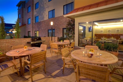 Outdoor Dining | TownePlace Suites by Marriott Dallas Lewisville