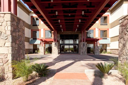 Hotel Entrance | Best Western Legacy Inn & Suites