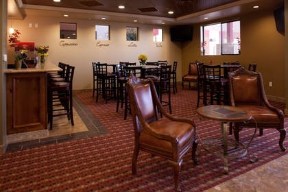 Hotel Bar | Best Western Legacy Inn & Suites