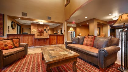 Lobby Sitting Area | Best Western Legacy Inn & Suites