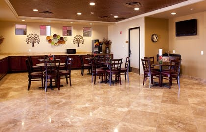 Breakfast Area | Best Western Legacy Inn & Suites