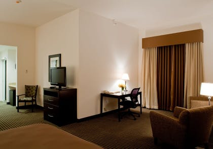 Living Area | Best Western Legacy Inn & Suites