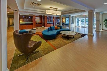 Lobby | Fairfield Inn & Suites by Marriott Naples