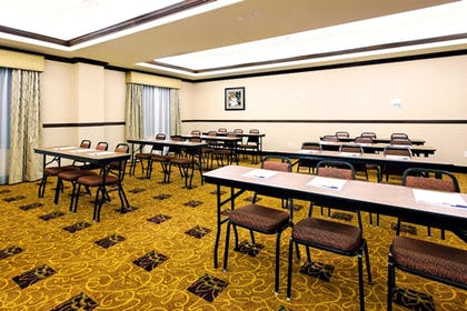 Meeting Facility | Holiday Inn Express Hotel & Suites FRESNO NORTHWEST-HERNDON
