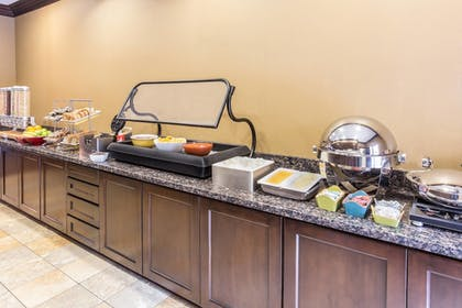 Restaurant | TownePlace Suites by Marriott Tucson Airport