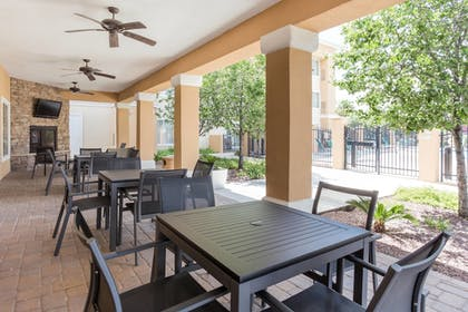 Outdoor Dining | TownePlace Suites by Marriott Tucson Airport