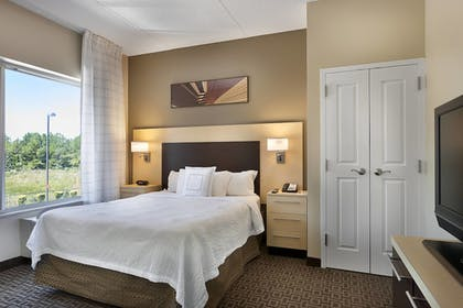 Guestroom | Towneplace Suites by Marriott Rock Hill