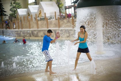 Water Park   Great Wolf Lodge Concord