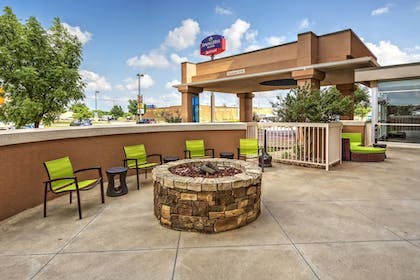 Courtyard | Springhill Suites by Marriott Moore