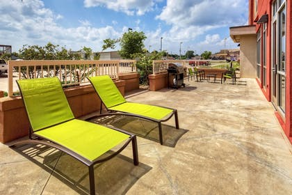 Terrace/Patio | Springhill Suites by Marriott Moore