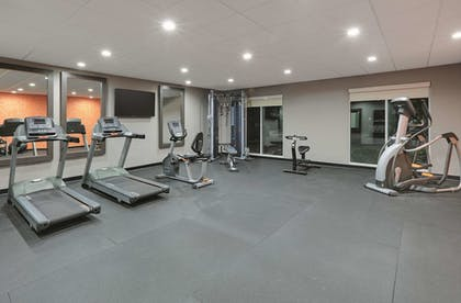 Fitness Facility | La Quinta Inn & Suites by Wyndham Tyler South