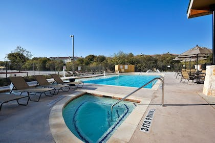 Pool | Holiday Inn San Antonio Nw - Seaworld Area