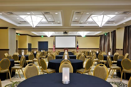Ballroom | Holiday Inn San Antonio Nw - Seaworld Area