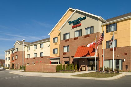 Hotel Front | TownePlace Suites Patuxent River Naval Air Station