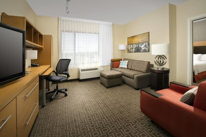 Guestroom | TownePlace Suites Patuxent River Naval Air Station