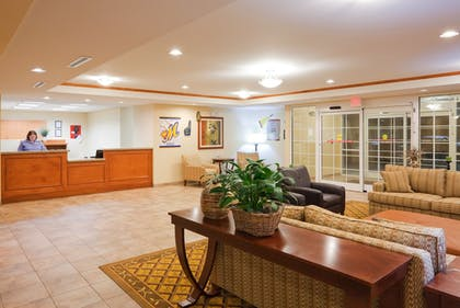 Lobby | Candlewood Suites Montgomery- North