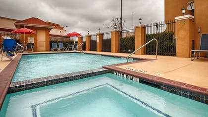 Outdoor Pool | Best Western Plus Katy Inn & Suites