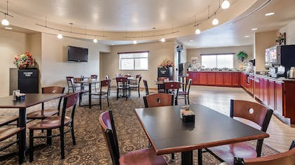 Restaurant | Best Western Plus Fossil Country Inn & Suites