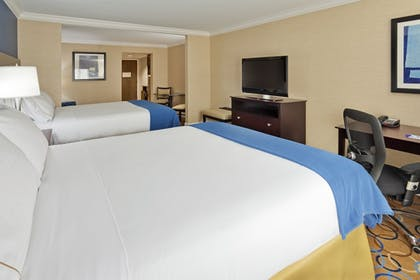 Guestroom   Holiday Inn Express Hotel & Suites Williamsport