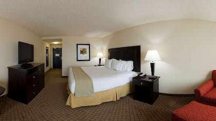 Guestroom | Holiday Inn Express & Suites Newberry