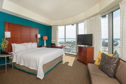 | Studio, 1 King Bed with Sofa bed, Corner | Residence Inn by Marriott Portland Downtown Waterfront