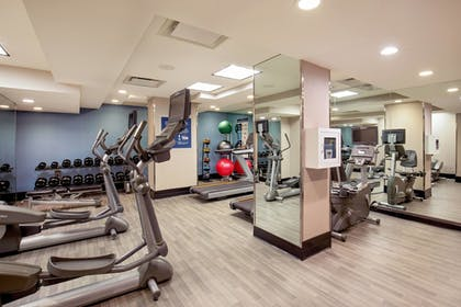 Sports Facility | Four Points by Sheraton Midtown-Times Square