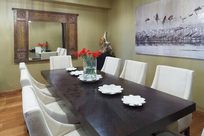 In-Room Dining | White Buffalo Club