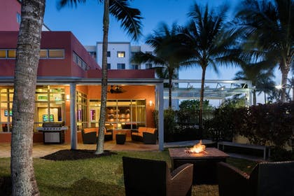 Terrace/Patio | Residence Inn by Marriott Miami Airport
